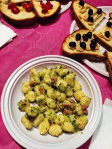 Pasta-gnocchi-bruschette-zucchine-pancetta